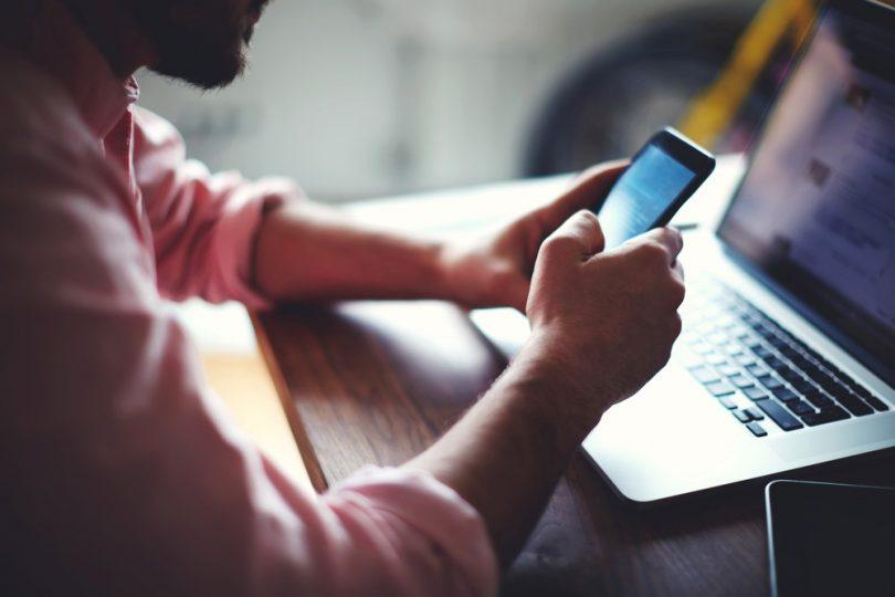 Handyverbot am Arbeitsplatz erlaubt?