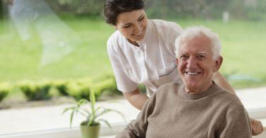 Eine Ausbildung in der Altenpflege ist sehr erfüllend