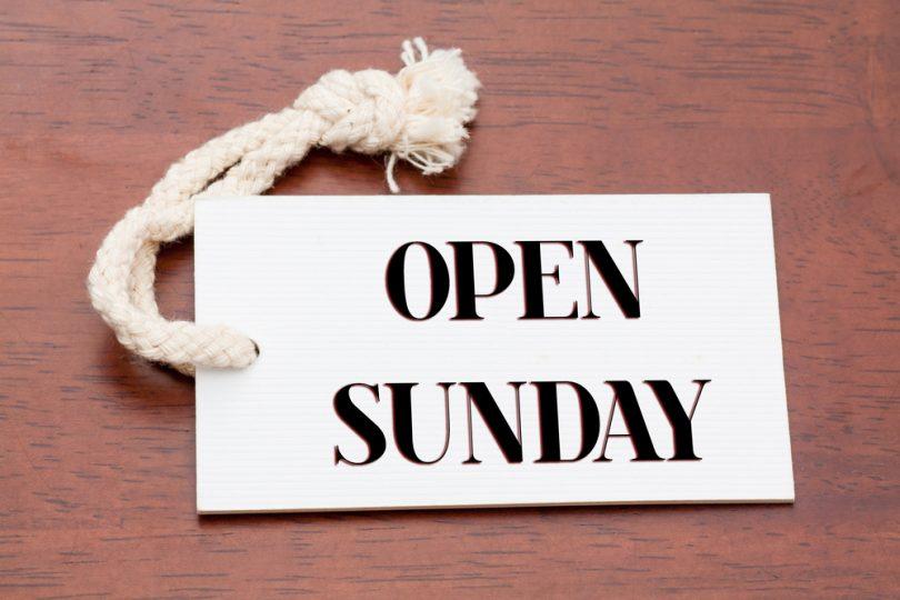 Bekommt man fürs Arbeiten an Sonntagen und Feiertagen eine Zusatzvergütung?